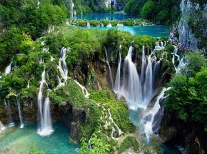 Plitvice-Lakes-National-Park-Croatia